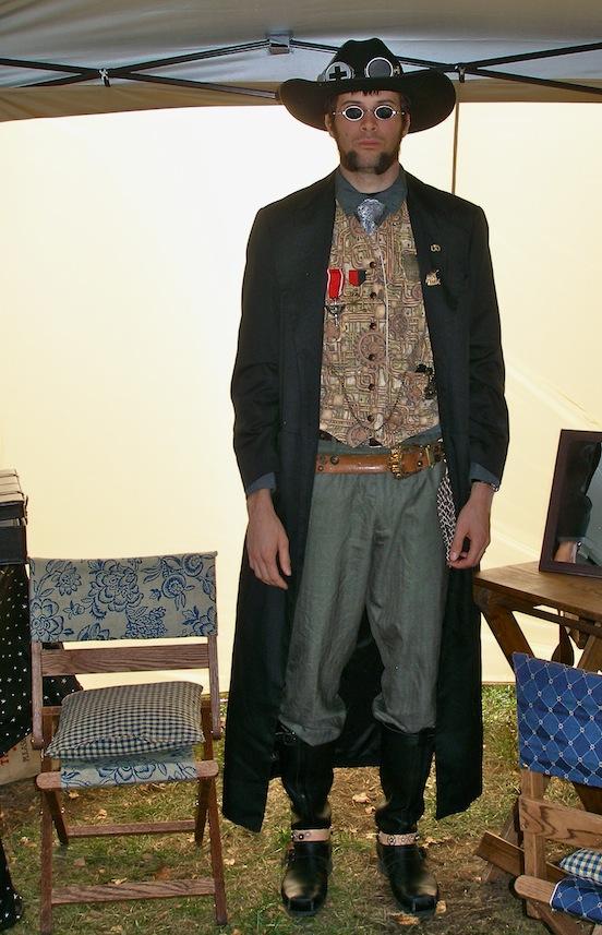 Charles Mahoney, Steampunk cowboy<br>