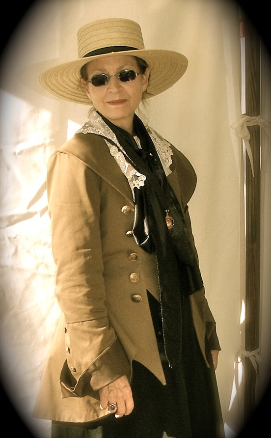 D.Valenza, of Historic EyeWear Company<br>At the Cedar Creek reenactment 2013