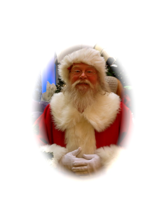 Santa Claus Richard Brunkow, The Mall at Short Hills, NJ<br>Santa is wearing 1835-80 Octagon in Virginia City Gold Dust