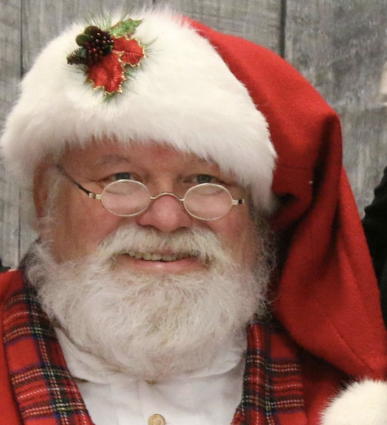 Santa Bob Saunders<br>Santa brings joy in Virginia!