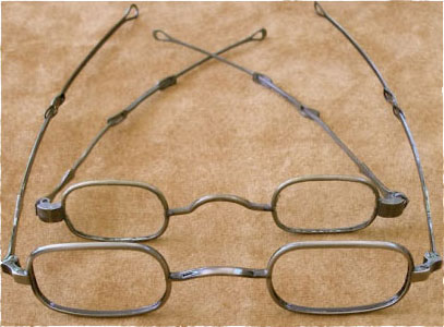 bf128ced8d6 Front - Historic EyeWear Company 1835-80 Oblong
