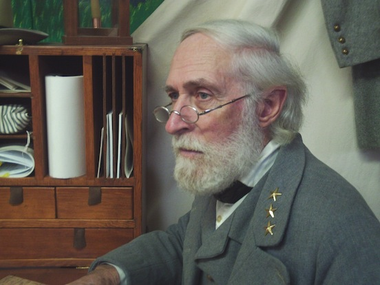 General Robert E. Lee portrayed by Al Stone wearing the 1835-80 Oval Small Tombstone Silver Dust<br>Al Stone