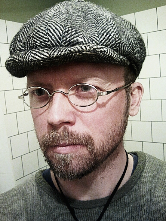 Jerker Andersson, Stockholm, Sweden<br>wearing HEC Oval Small in Silver City Silver